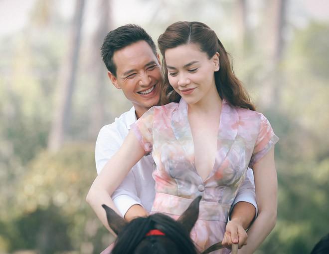 Hồ Ngọc Hà và Kim Lý trong MV Cả một trời thương nhớ