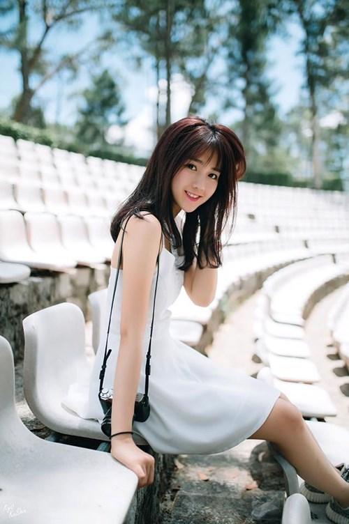 Đâu chỉ riêng Hera Kiêu Anh, giới streamer Việt còn đầy hotgirl dáng khủng, mặc chất, nhìn là mê thế này cơ mà
