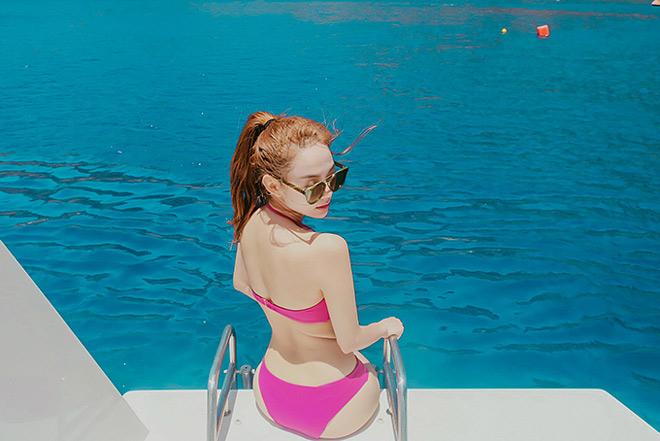 Ngắm Minh Hằng bùng cháy với bikini mới thấy sức nóng của phụ nữ 30 tuổi thật khủng khiếp!
