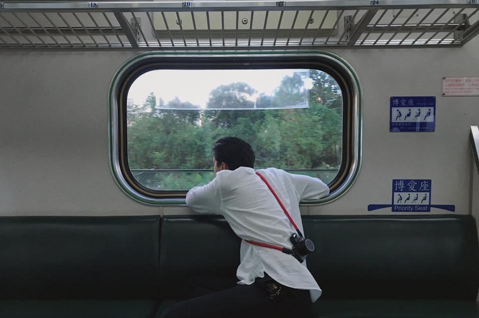 Đi du lịch mà cứ mặc như Trần Quang Đại thì ai chẳng mê!